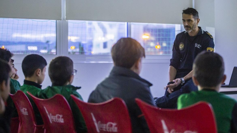 Policía Local y CD Roda por el esfuerzo colectivo